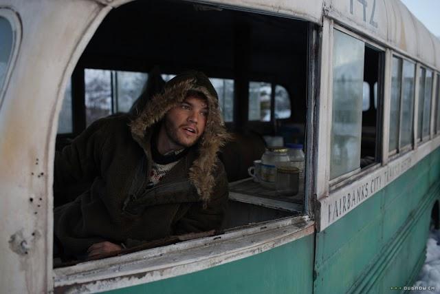 Az Alaszkai Egyetem múzeuma felajánlotta, hogy befogadja gyűjteményébe az Út a vadonba című filmből ismert híres buszt