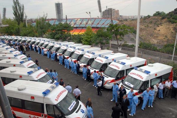 200 ambulancia de China llegan a Armenia
