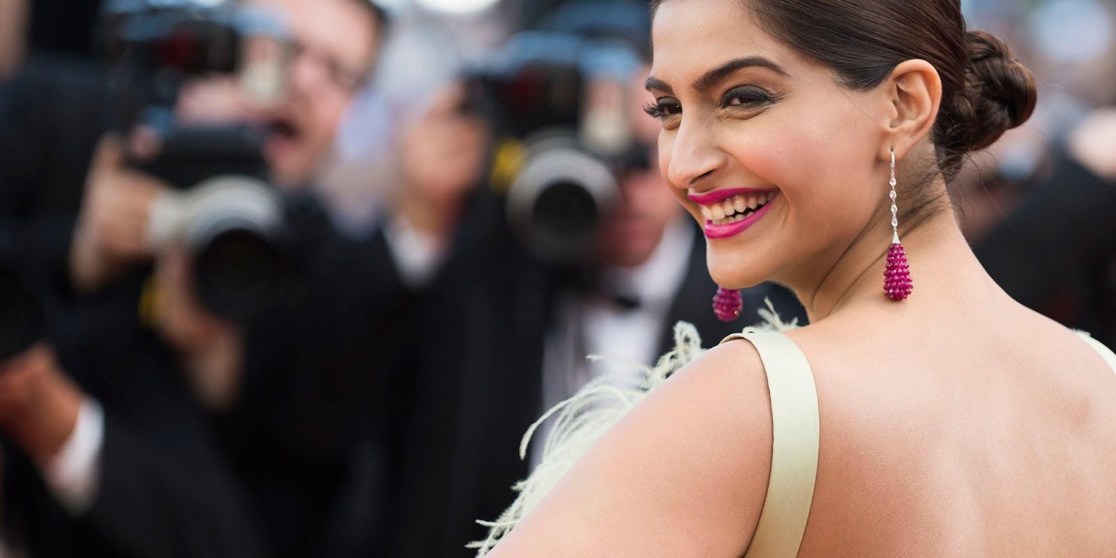 Sonam Kapoor Closeup Smiling Face At Cannes Film Festival
