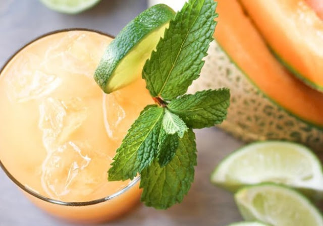 Cantaloupe Margaritas #drinks #cocktails