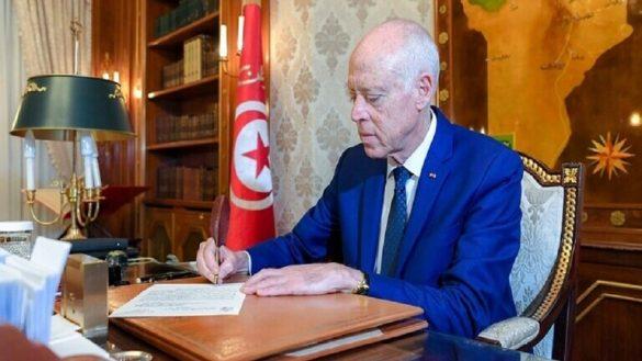 الرئيس التونسي يكلف إلياس فخفاخ بتشكيل الحكومة