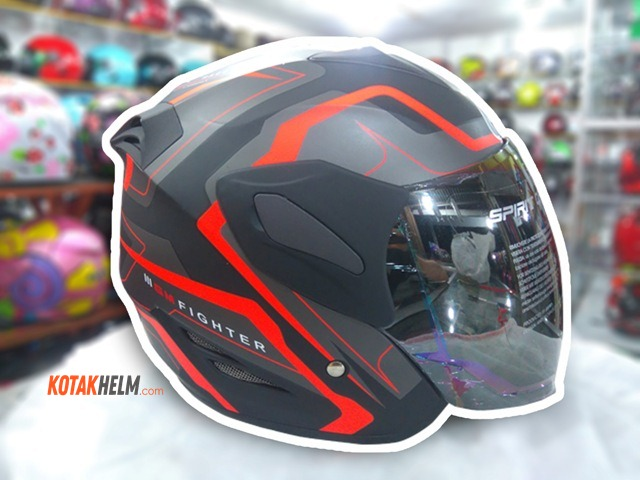 "Helm GM Fighter Motif terbaru ""Fighter 3"""