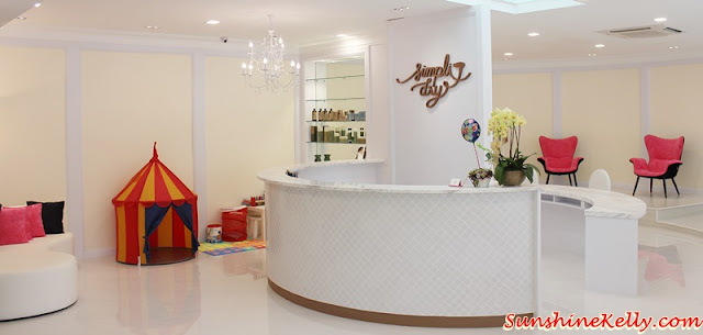 Simpli Dry Experience, simpli dry, Blow Dry Bar, batai Village, beauty bar, jalan batai, express manicure pedicure, damansara heights