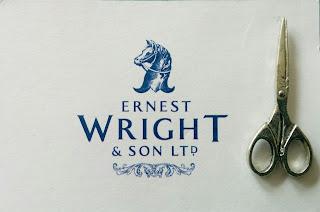 Creates Sew Slow: Ernest Wright Scissor Pin
