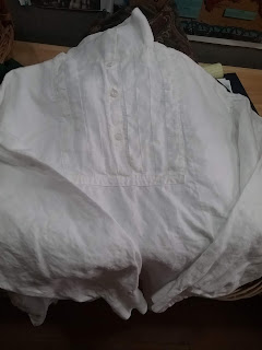 Linen shirt for 1850s 1860s reenacting, from Past Patterns #011.