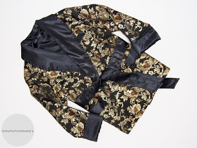 mans silk robe short black gold floral brocade embroidered traditional old hollywood style mens smoking jacket gentleman dressing gown classic english tailored