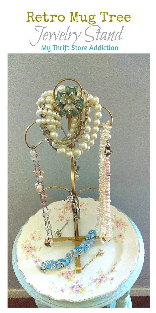 The 15 Minute Fix: Retro Mug Tree Jewelry Stand mythriftstoreaddiction.blogspot.com Pin it!
