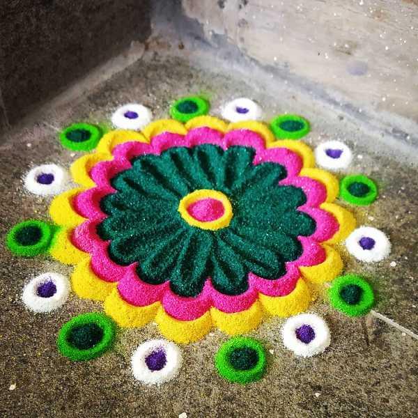 Colour_full_flowers_rangoli_design
