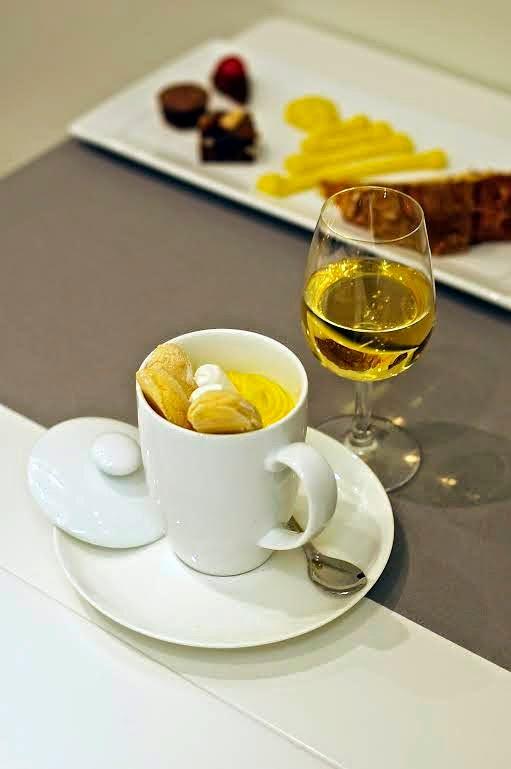 speziato zabaione k tazza di caffè verde di montagna