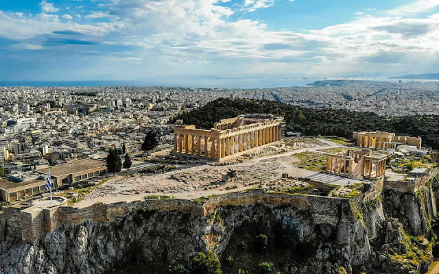 Greece reopens Acropolis along with hundreds of other ancient sites