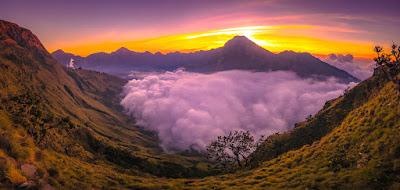 Plawangan Sembalun Carter Rim 2639 meter Mt Rinjani
