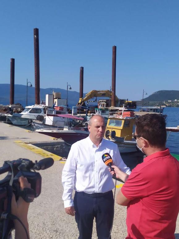 Γιάννης Οικονόμου - Ανακοίνωση Επέκτασης Αλιευτικών Καταφυγίων Αχλαδίου και Γλύφας
