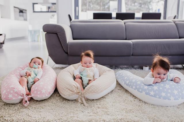 cojín lactancia embarazo bebé trillizos parto múltiple blog mimuselina polémica madrid familias numerosas