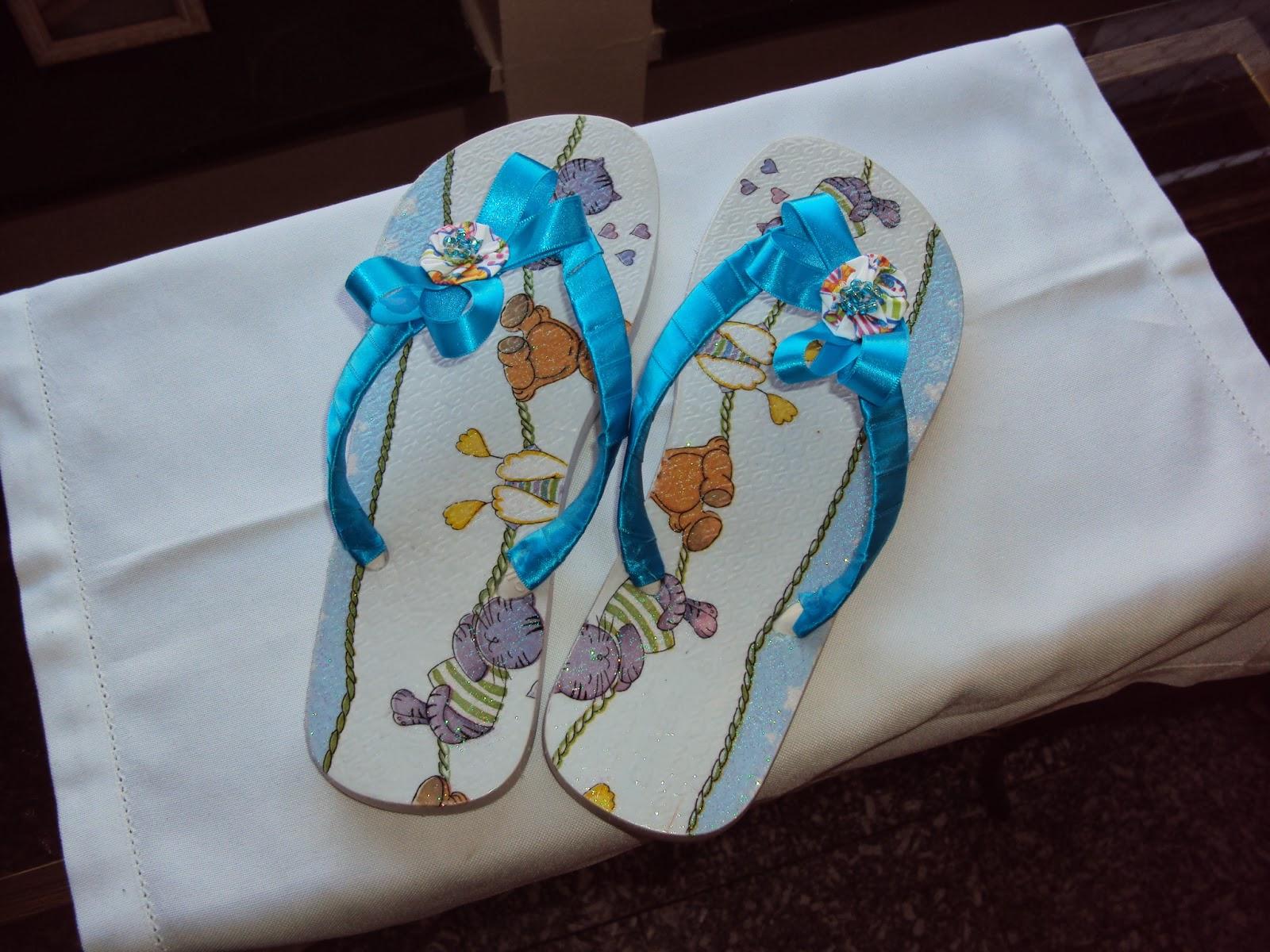 1a3e4dd1a Maternidade - Esse foi especial para meu sobrinho que esta chegando....  Postado por CN Chinelos Personalizados ...