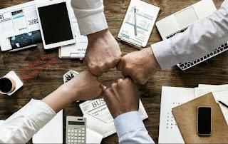 Pengertian Bisnis dan fungsi-fungsi dasar bisnis
