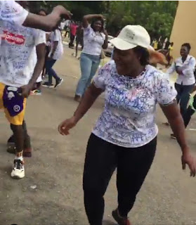Video: UNILORIN Student Dances 'Soapy' By Naira Marley After Her Final Exam, Signs Out In Style 10