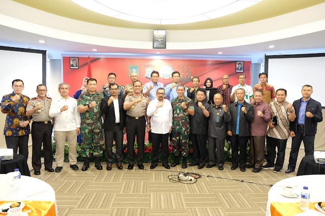 Menangani Karhutla, Wagub Riau Minta TNI-Polri Mengalakkan Kembali Pembuatan Kanal