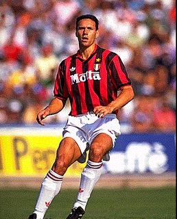 Totul Despre Fotbal Jucatori De Legenda 1 Marco Van Basten