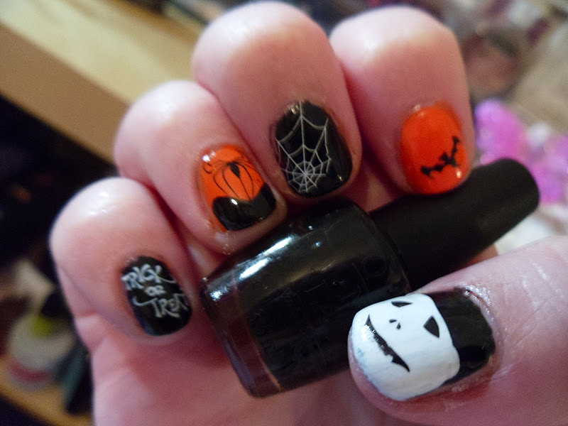 NOTD | Halloween Nail Art Using OPI Stickers