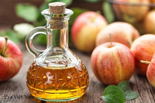 Trị thâm mụn nhanh nhất trong 1 đêm bằng giấm táo