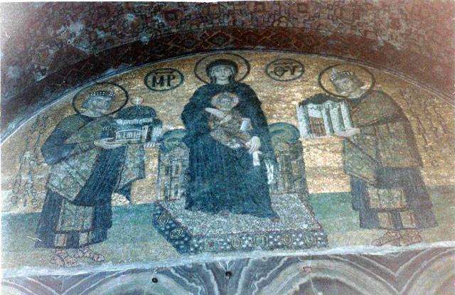 Mosaic in Haghia Sophia byzantium.filminspector.com