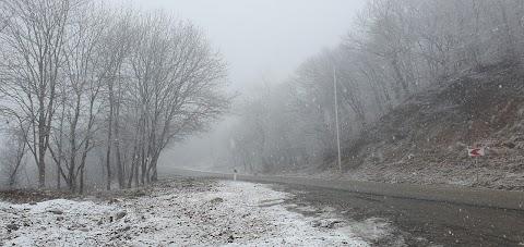 تصوير بالحركة البطيئة لتساقط الثلوج (Slowly falling snow) (^_^)