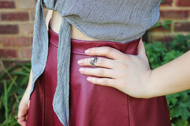 blogger-accessories-inspiration-fashion-ring-jewelry-claw-vintage