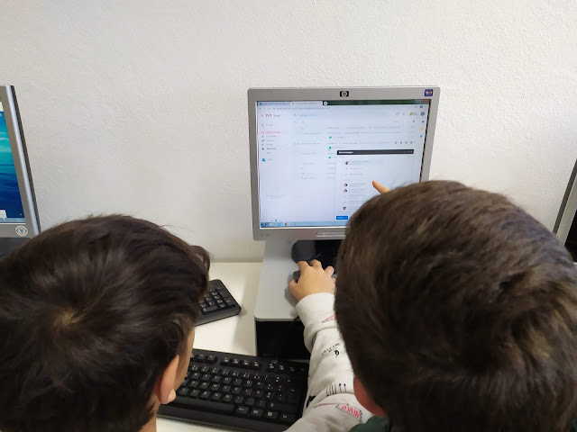 The challenge of composing messages on non-mobile devices