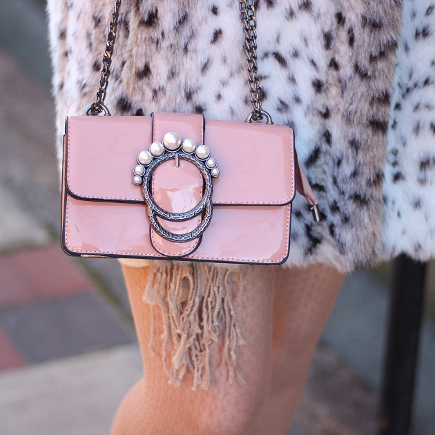 Rosegal Pink and Pearl Handbag