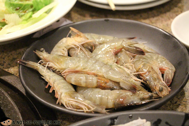 Prawns for grilling in Tajimaya, Mall of Asia