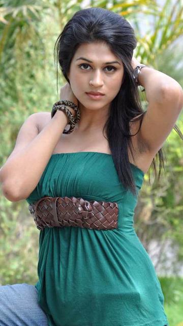 Shraddha Das Hot Images