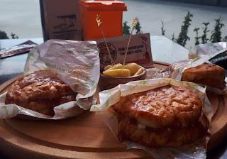 ankara ıslak hamburger çankaya ankara menü fiyat listesi ıslak hamburger siparişi hamburger ıslak hamburger waffle