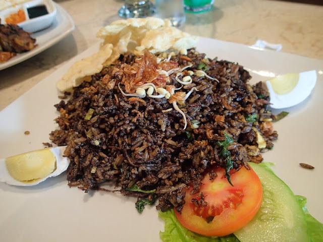 nasi goreng rawon pause rawamangun