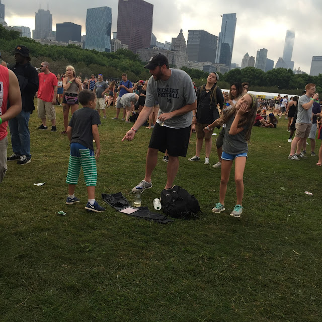 families dancing at lollapalooza