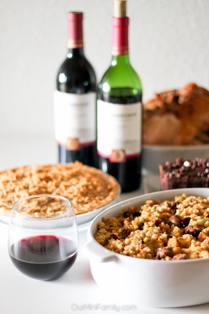 thanksgiving food and wine