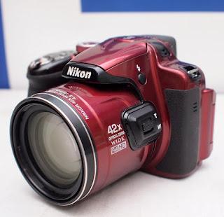 Kamera Prosumer Nikon P520 Bekas