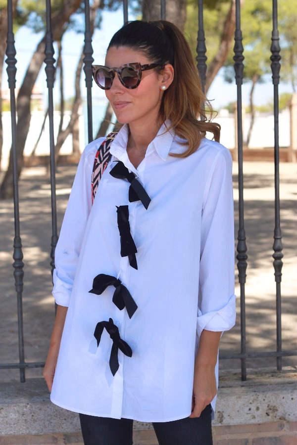 botines lycra, blusa oversize, camisa asimetrica