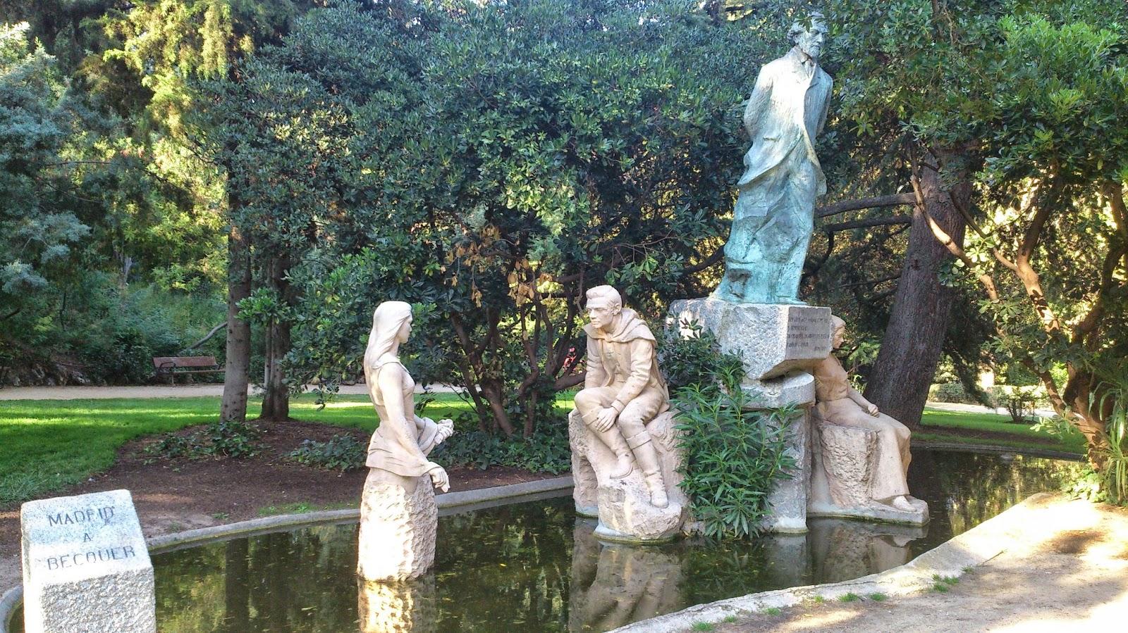 Parque de la quinta de la fuente del berro mientras so aba for Piscina fuente del berro