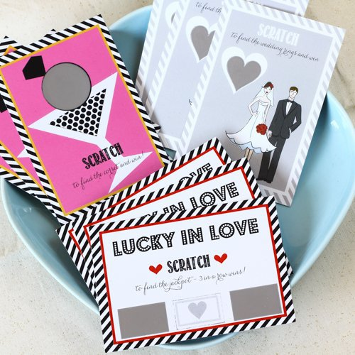 Feeling lucky in love? Celebrate that at your wedding with these lucky in love wedding favors from www.abrideonabudget.com.