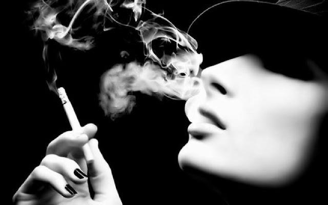 Khói thuốc lá chính là nguyên nhân gây ra đờm ở cổ họng