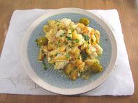 Revuelto de bacalao, patatas y cebolla