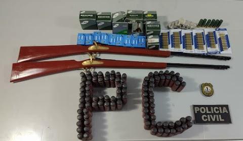 Polícia Civil prende em flagrante indivíduo em Lago dos Rodrigues acusado de comercializar armas e munições