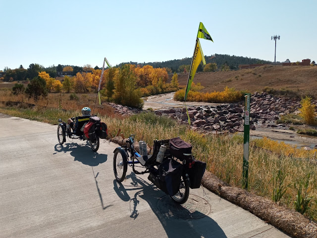A bit of Color Change on the Cottonwood Creek Trail