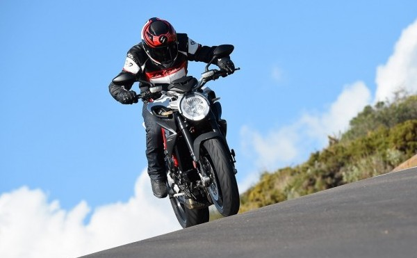 MV Agusta Brutale 800 Drivers Test Answers
