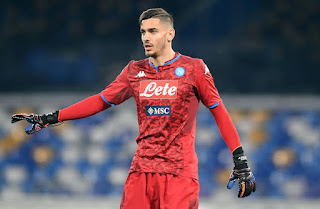 Napoli interested in sending Manchester United target out on loan