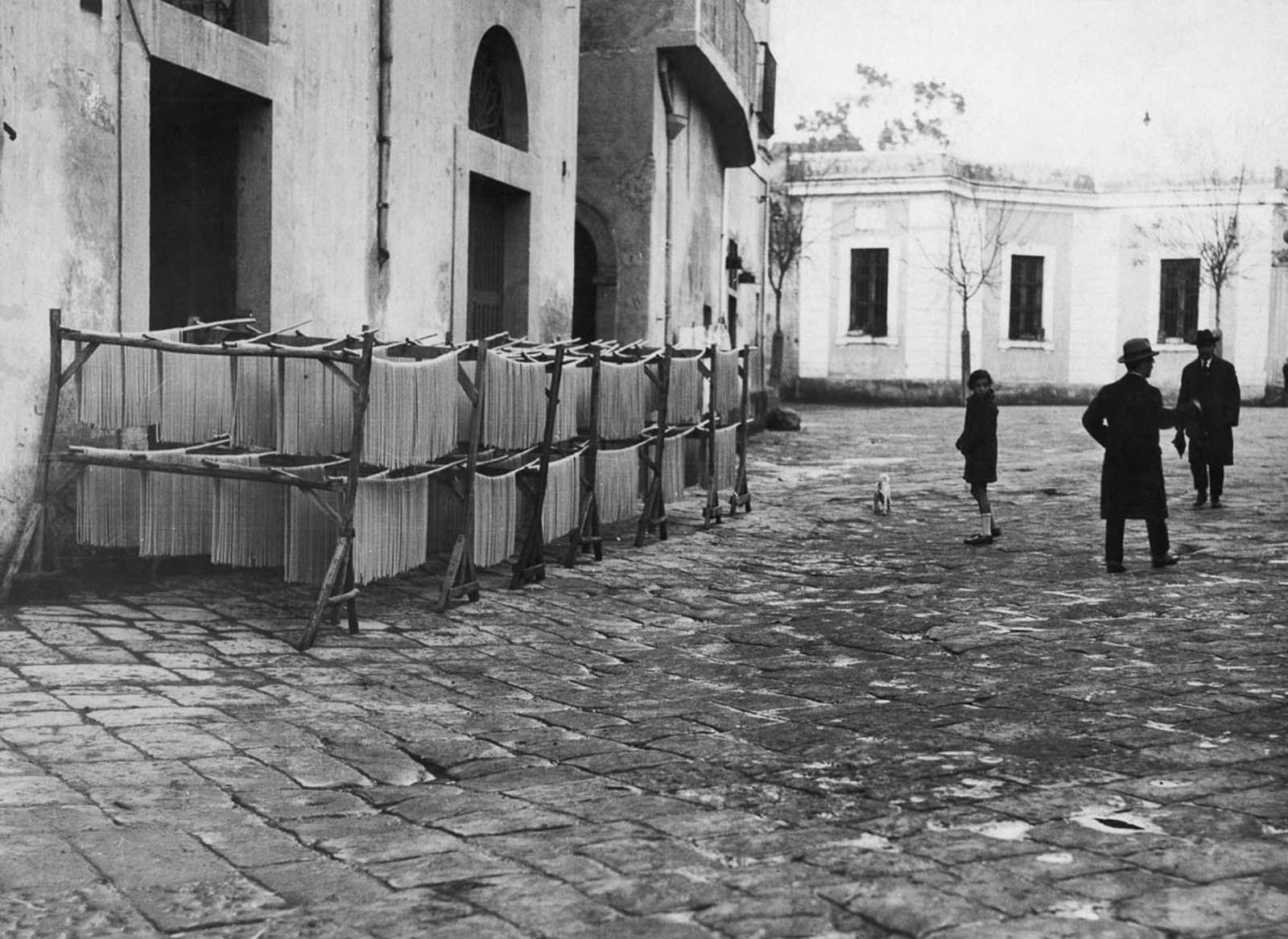 Pasta in Naples, 1925.