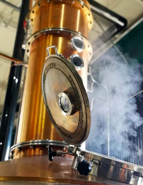 distillerie-brasserie-chalevoix,menaud,distillerie-menaud,gin-du-quebec,madame-gin,clermont,
