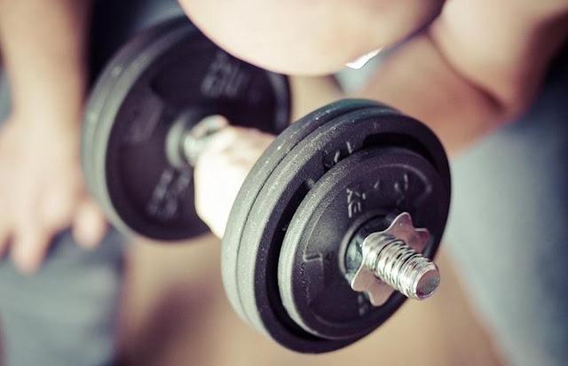 Kaya Manfaat, Yuk Intip Manfaat Latihan Dumbell 8 Kg