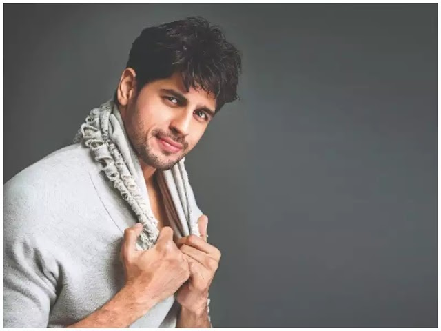 Sidharth Malhotra signs an activity reconnaissance spine chiller with Ronnie Screwvala's pennant