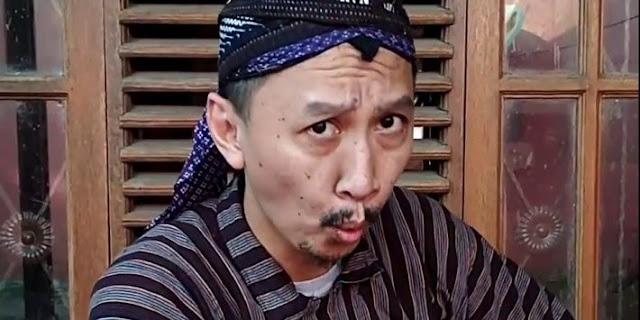 Merasa Tak Salah, Abu Janda Tuding Rocky Gerung Pelintir Cuitannya